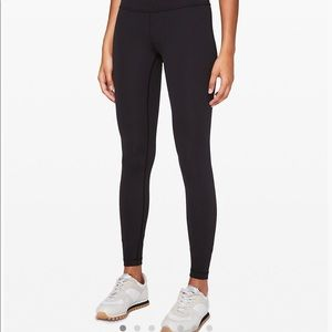 Lululemon Wunder Under Size 12. almost good as new